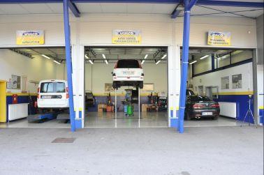 Trgovina z avtodeli in Servis Vulco